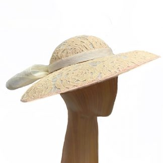 peach-ivory-hat