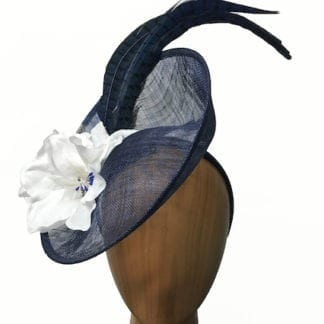 navy with white lilies fascinator