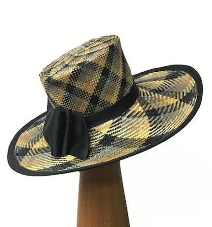 Large plaid straw hat