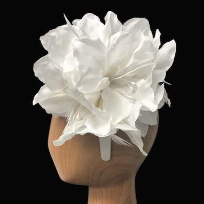 white lilies fascinator
